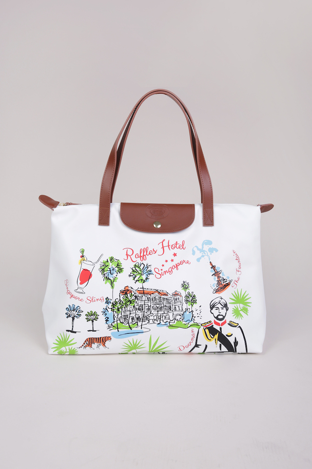 PVC Leather Shopping Bag in Contemporary Design