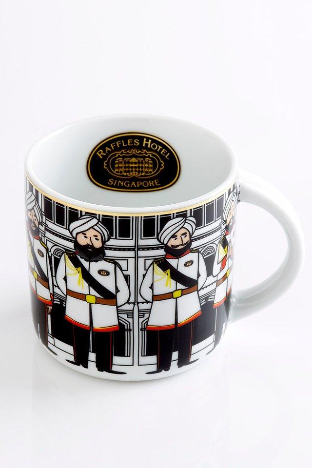 ラッフルズ特製デザイン <br>コーヒーマグカップ <br>12オンス/Signature Raffles Design Coffee Mug
